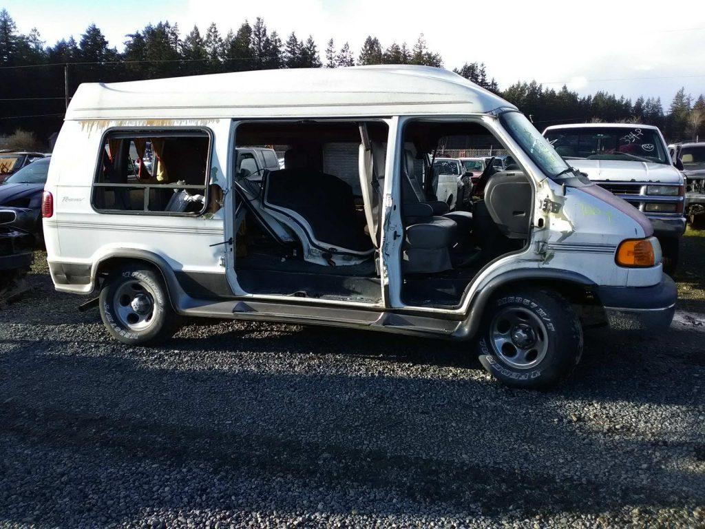 2003 Dodge 1500 Ram Van