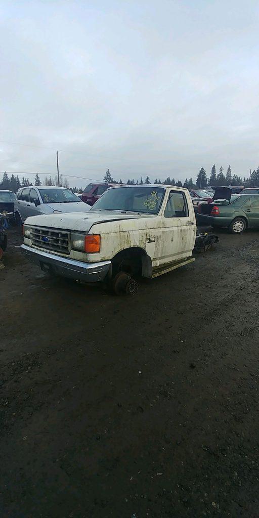 1989 Ford F450 PU